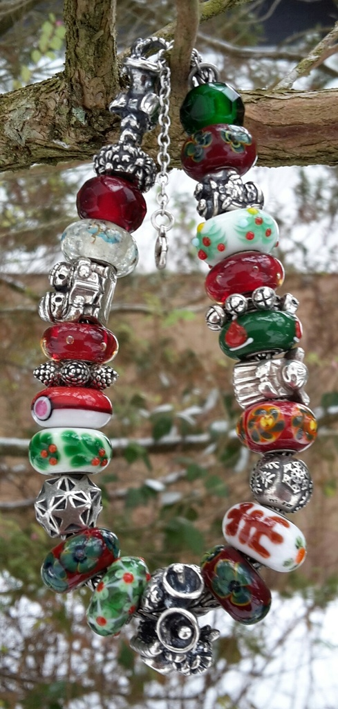 ...here are my Winter bracelets: 20170110