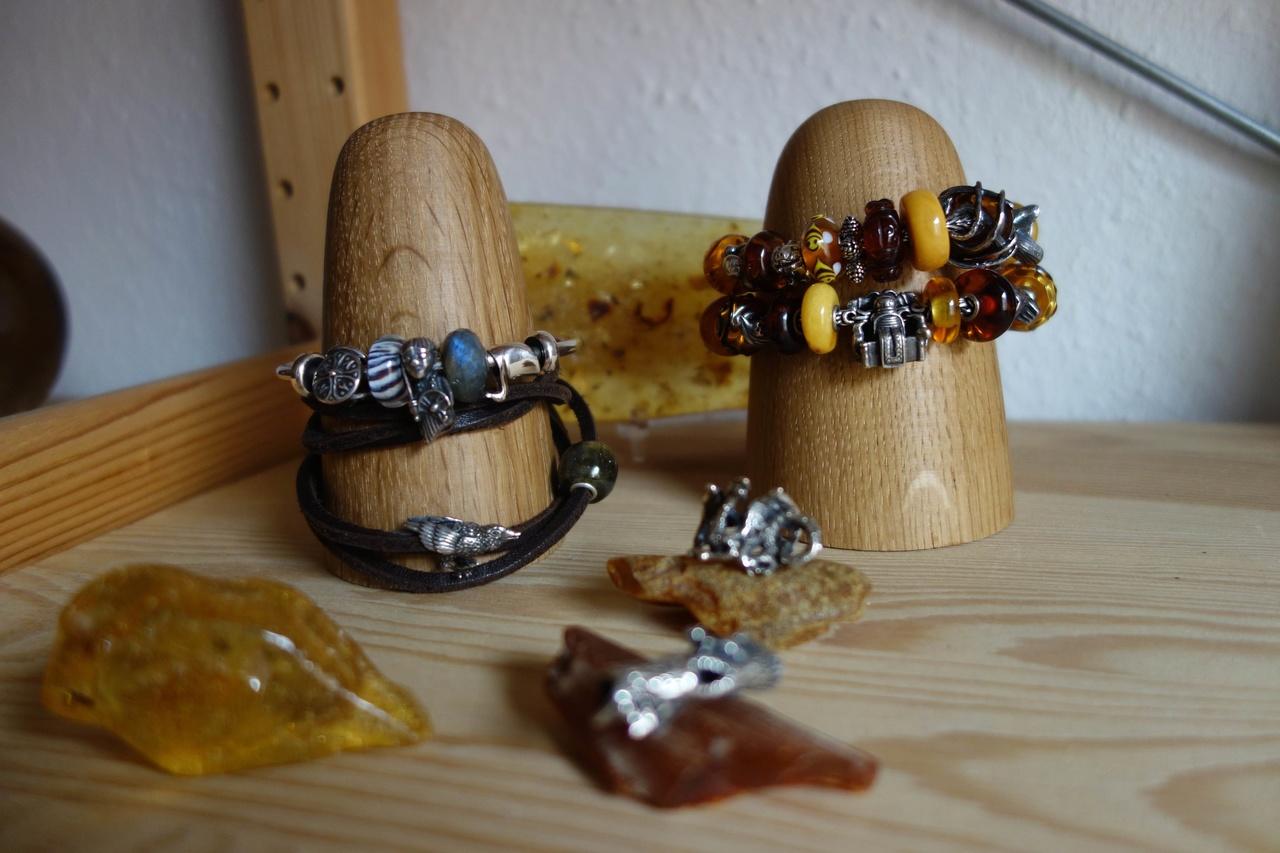 dot Aarhus Bracelet Holder Dot_aa10