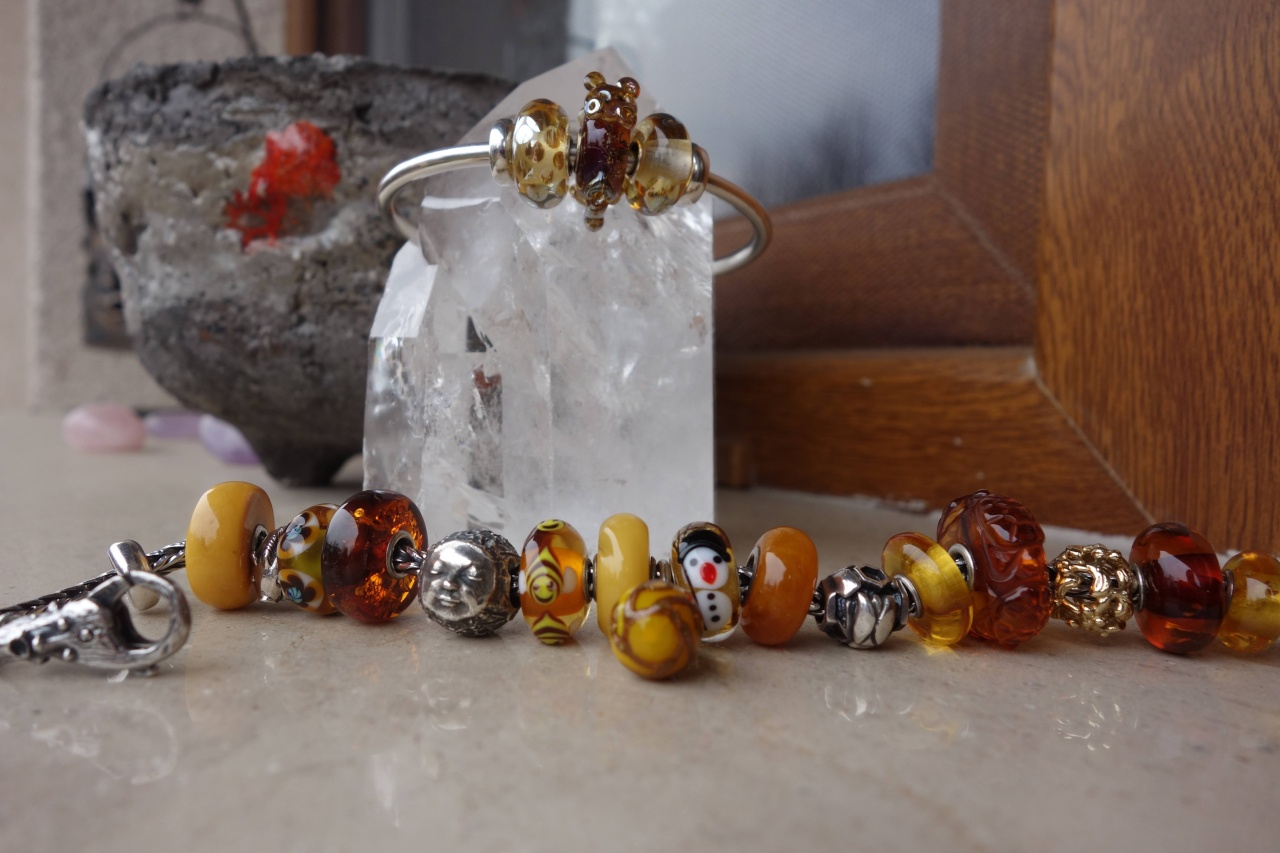 Golden Honey Loveliness - update with the Honey Bear Drache17