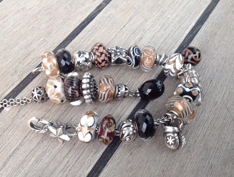 Show Your Holiday Bracelets Image310