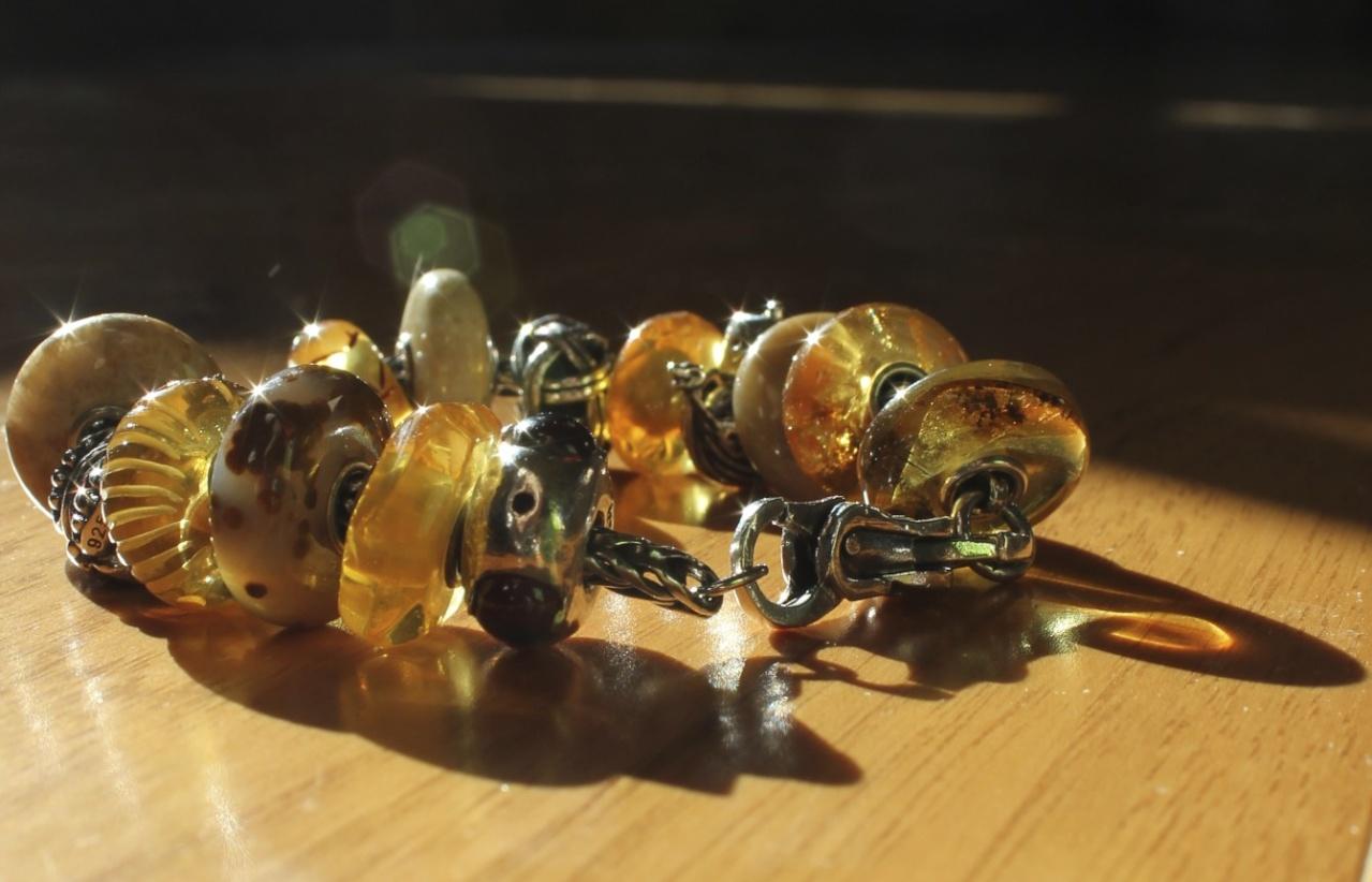viking - Viking Ambers in a Sun Beam Img_1724