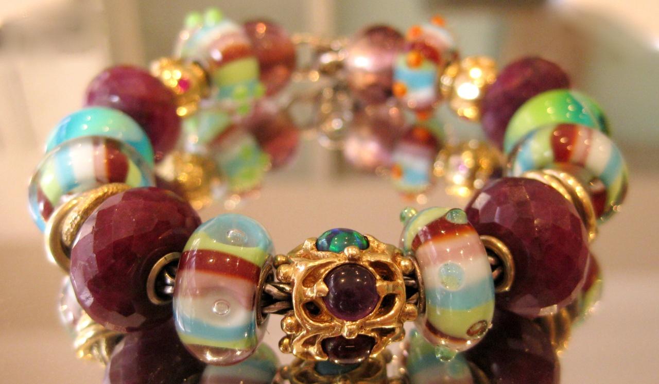 stripe of fashion bracelet designs? Img_4714