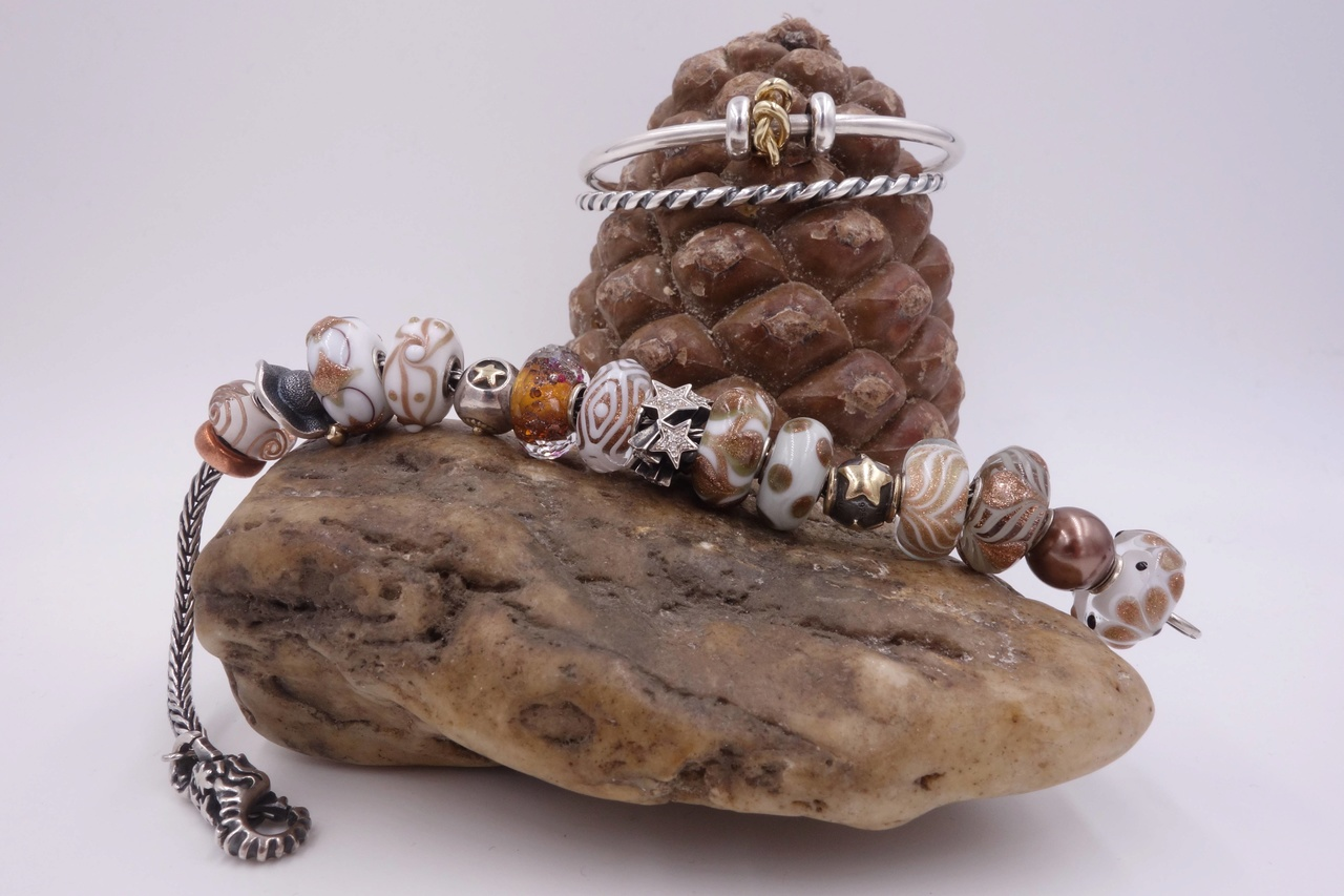 ...here are my Winter bracelets: Weihna17