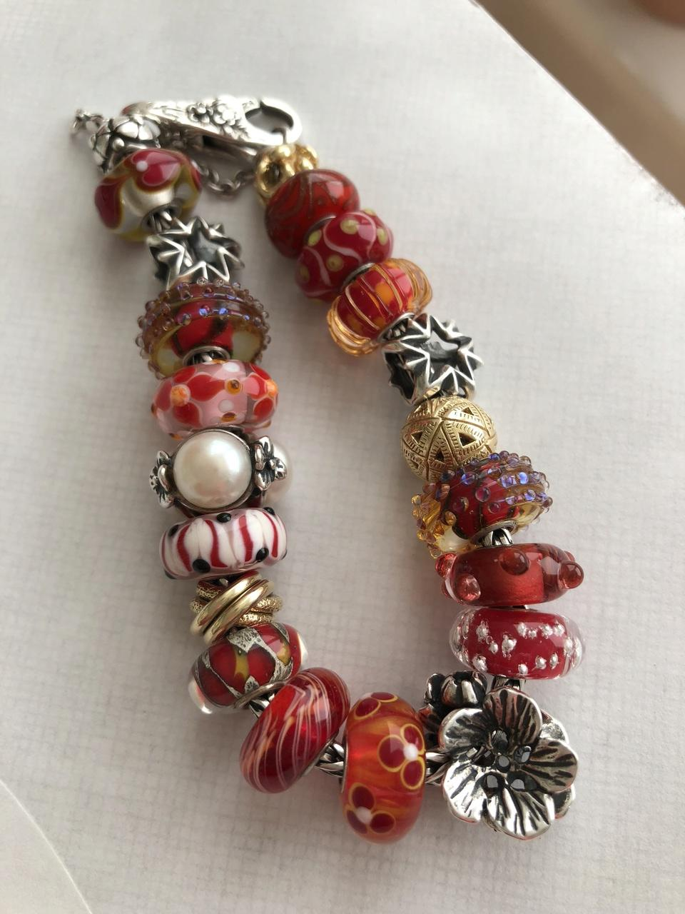 Show Your Holiday Bracelets Xmasre11